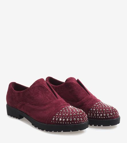 Czerwone sandały na słupku Chikie